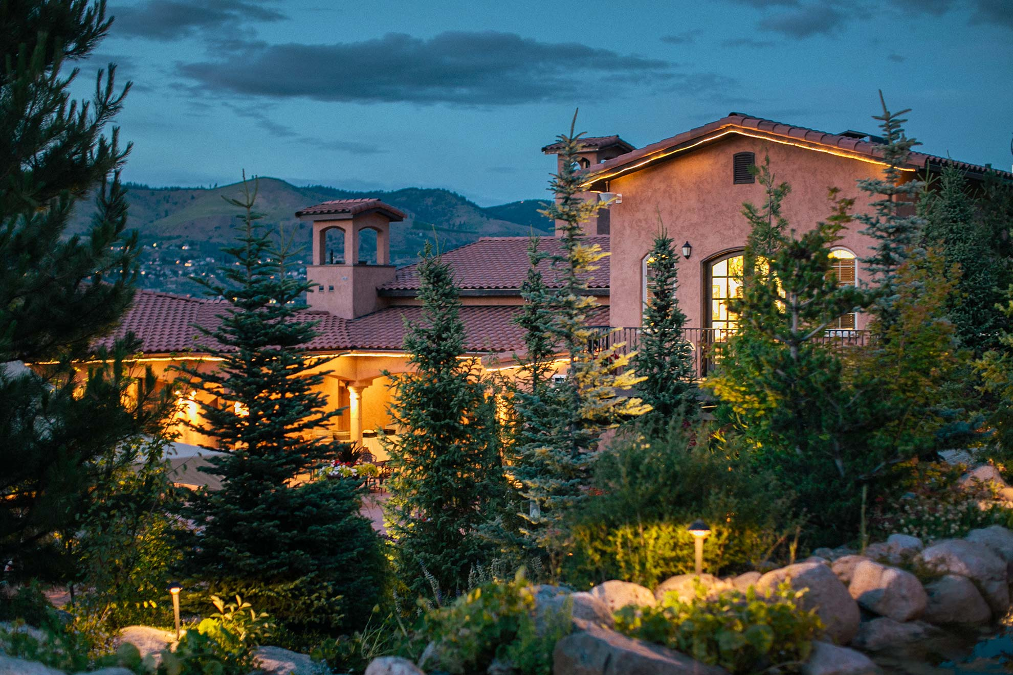 Lake Chelan Winery Photo at Sunset