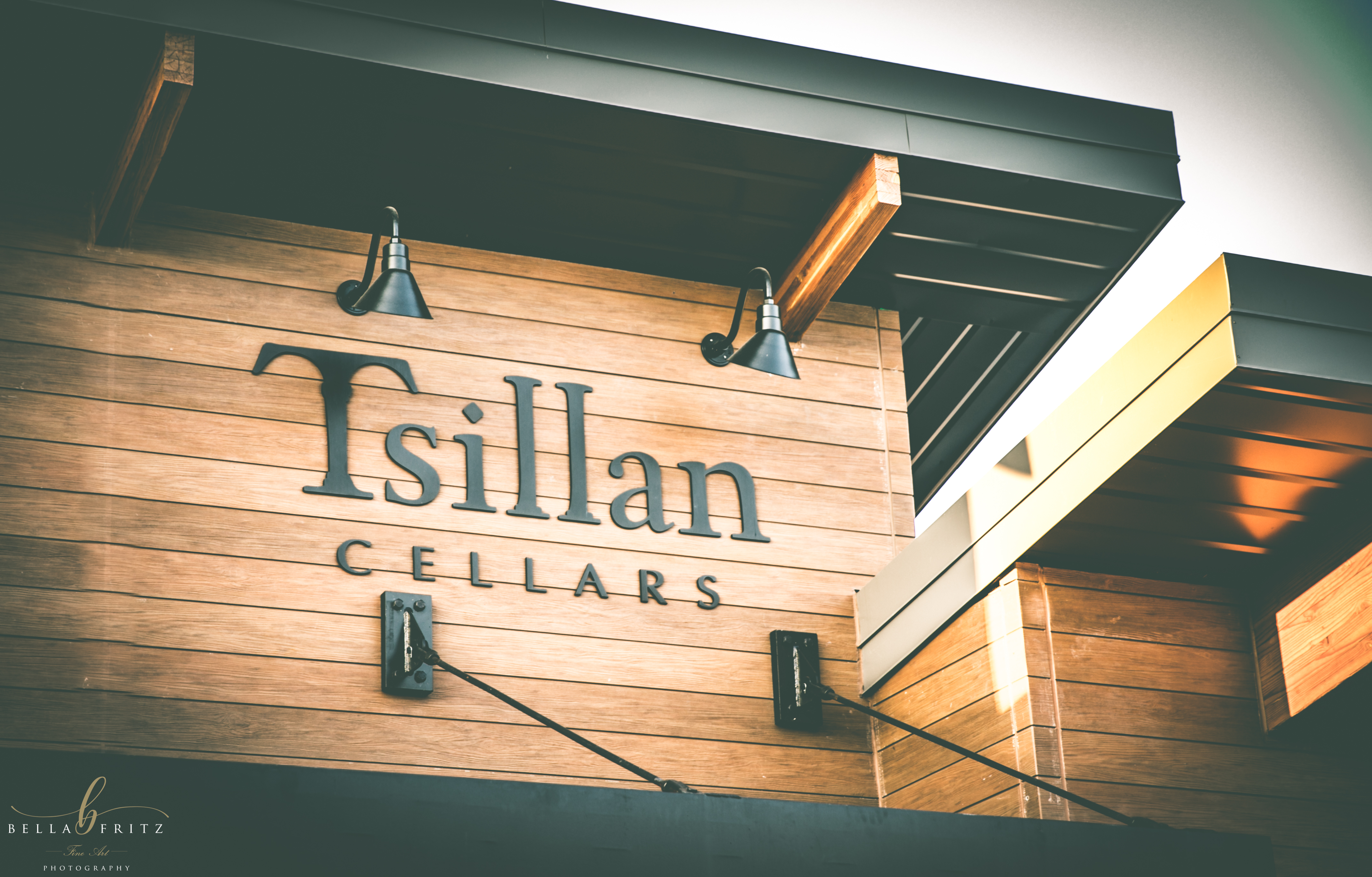 We invite you to visit our new Woodinville Tasting Room! Enjoy Tsillan Cellars wine and hospitality in the new Gateway Wine Tasting District of Woodinville ... & Woodinville Tasting Room u2013 Tsillan Cellars